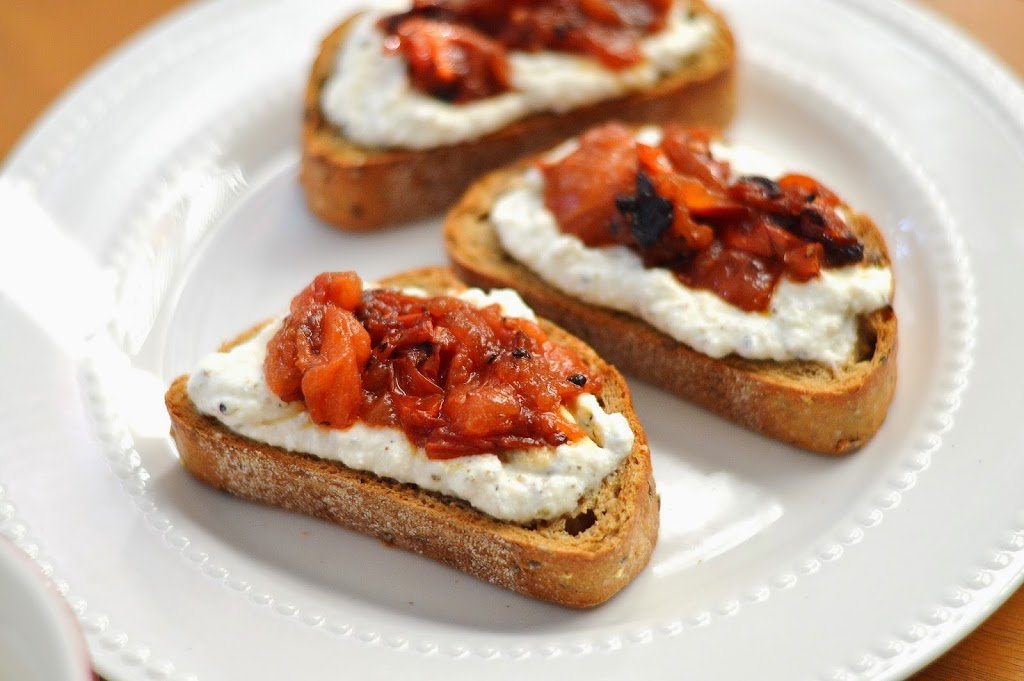 Roasted Tomato and Herb Ricotta Crostini – Simply Clean & Fit