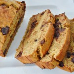 {Clean Eating} Dark Chocolate Chip Banana Bread